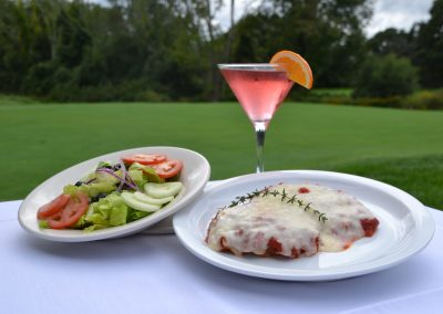 WEST WARWICK CC SALAD WITH CHICKEN PARM AND MARTINI DSC_0913